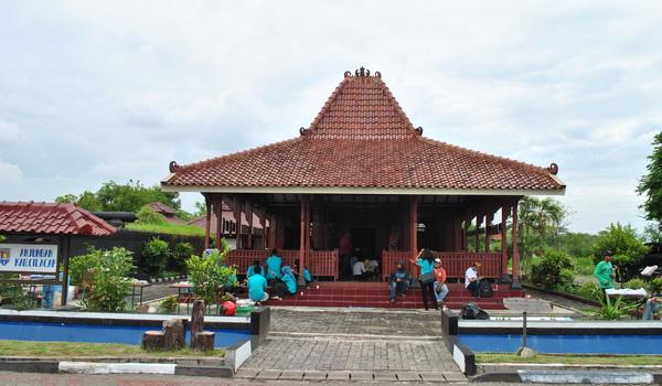 Anjungan Kabupaten Cilacap