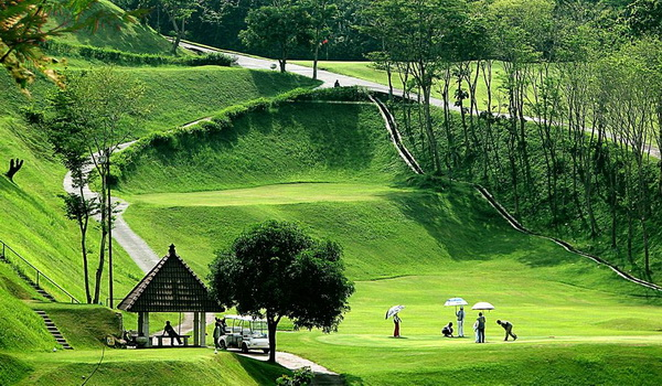 Graha Candi Golf Semarang