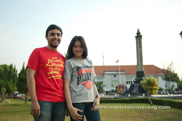 Pemotretan Model di Tugu Muda Semarang