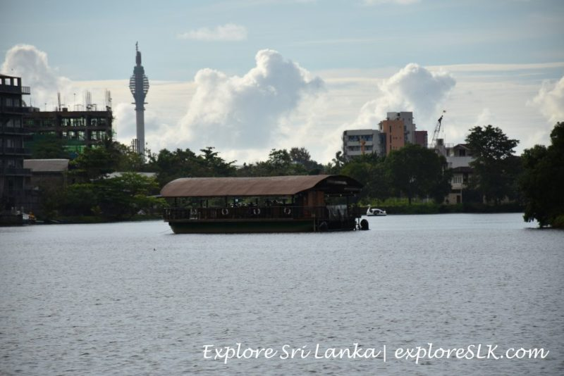 Floating restaurant of Diyatha Uyana