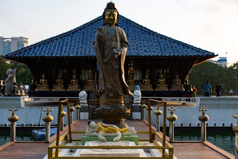 Gangaramaya temple's Seema Malakaya