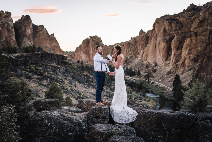 adventure elopement, smith rock | explore the moment photography