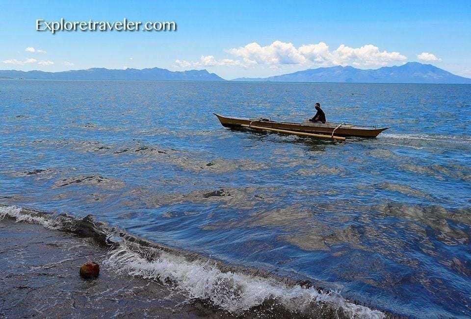Pangingisda sa Carigara Bay Pilipinas