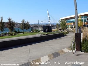Pathway to center of Waterfront Park