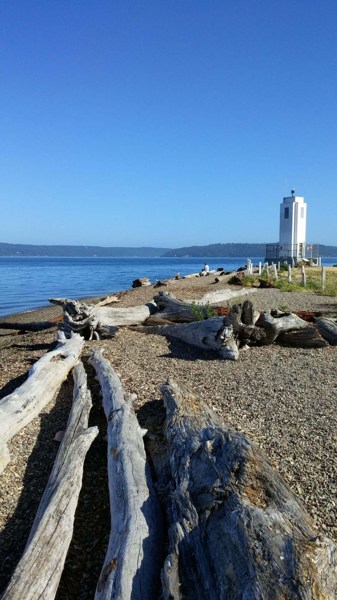 Browns Point Lighthouse and Beach