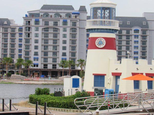 Construction on the Riviera Resort