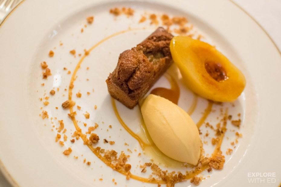 Luxury dessert, Ginger cake and pear