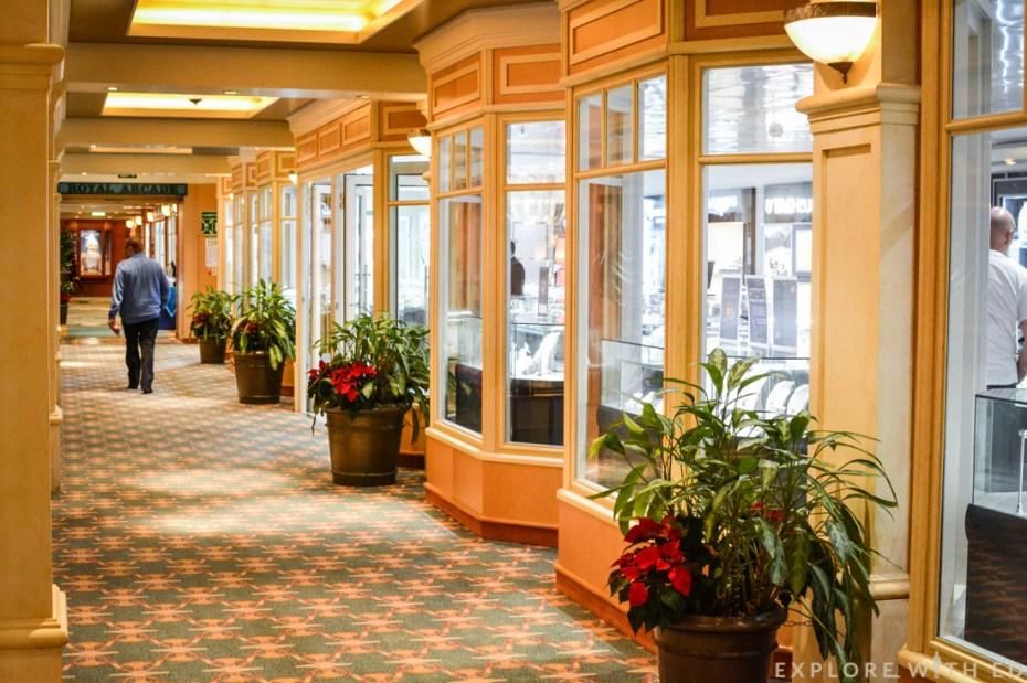 Royal Arcade, Cunard Queen Elizabeth