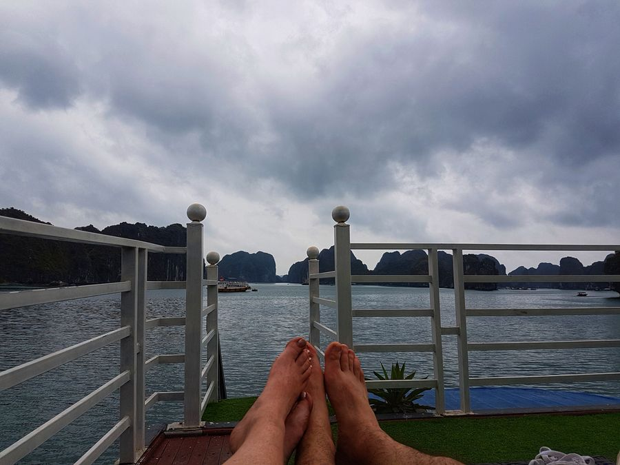 Halong Bay cruise feet views