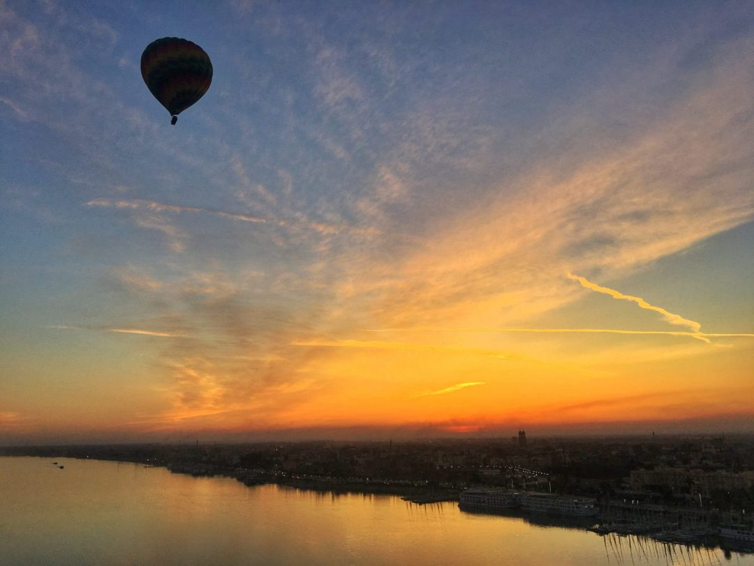 Hot air balloon nile egypt sunrise