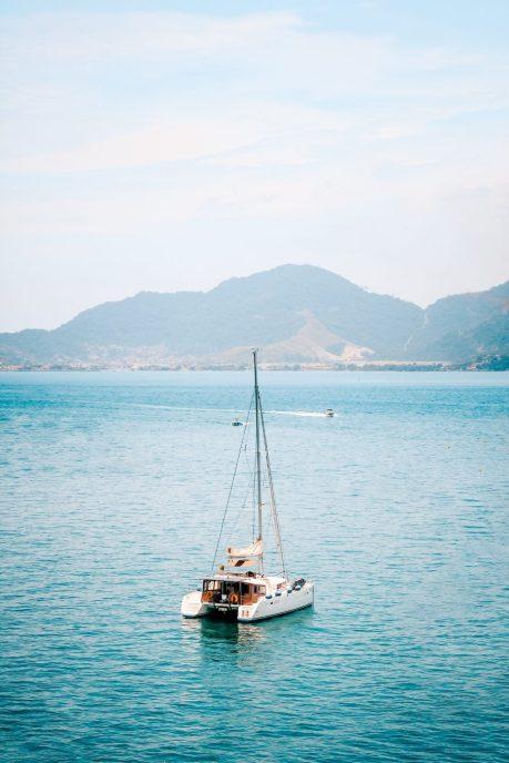 boat-ocean-sail-2090763