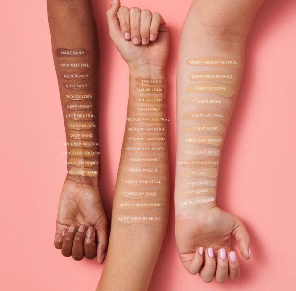 Amazonian Clay Full Coverage Foundation SPF 15 by Tarte #4
