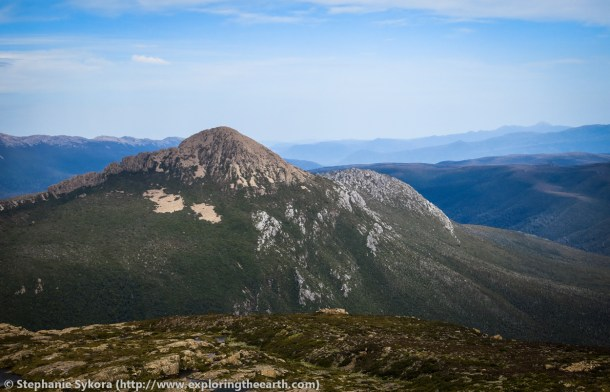 Tasmania, Australia, geology, travel, blog, adventure, hiking, exploring, earth, science, rocks, nature, geomorphology, glacier, glacial morphology, glaciations, dolerite, Mt. Anne, Mt. Eliza, Abels, The Abels, mountains, high, moraine, cirque, cliff, lake pedder, lake judd, bushwalking, hiking, diabase, quartziite, contact