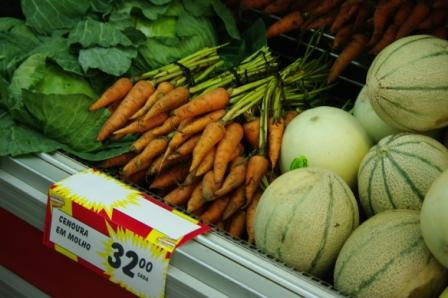 Produce at large grocery store chain, Beira