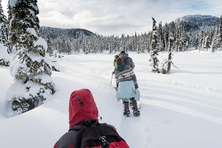 Raven Lodge to Lake Helen Mackenzie snowshoe