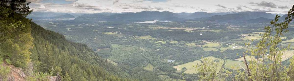 From the lookout we could see the Alberni Valley spread before us.