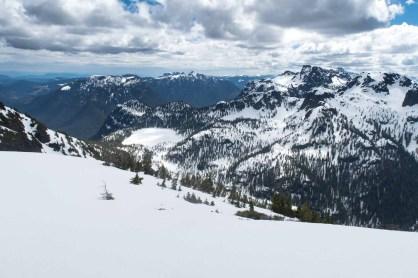 Hiking Mount Sarai in the Genesis Range on Vancouver Island