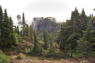 the clouds lifting from the main summit of Gemini Mountain