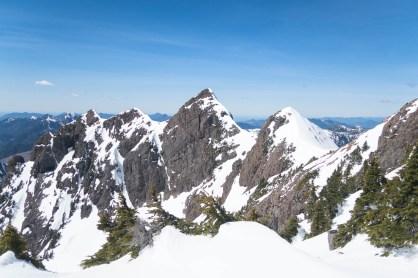 northwest ridge connected to Zeballos Peak