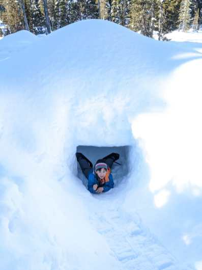 Snow caves all over the meadoes