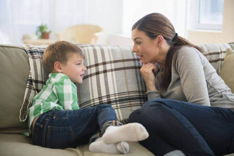 6 Tips to Improve Communication Between Parents and Children - Exploring  your mind