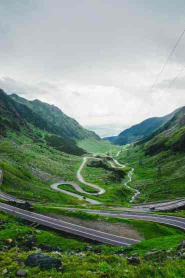 Transfagarasan2 2 - Dit zijn de 17 mooiste plekken in Roemenië die je niet mag missen!