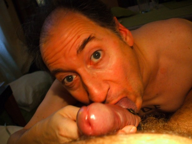 I love to lick and suck balls of all men