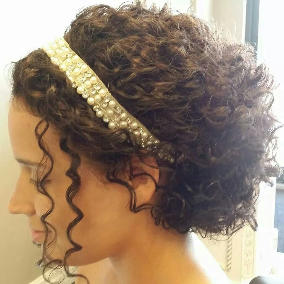 wedding hair style for curly hair