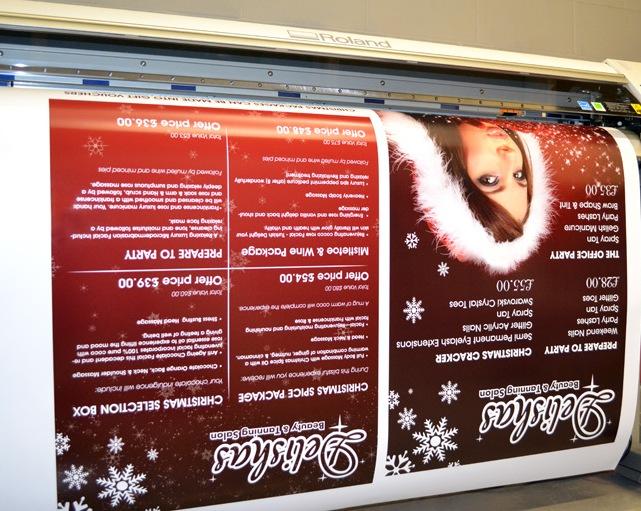 Două săptămâni până la Crăciun: Cum îți impresionezi clienții cu sisteme expoziționale de sezon