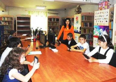 """Proiectul """"E-lectura pentru mine"""" – învăţarea de deprinderi de citit pe diferite suporturi, desfăşurat în cursul anului 2013 Biblioteca Judeţeană """"Christian Tell"""" Tg. Jiu, Gorj, bibliotecar Andreea Fabiola Neacşu"""