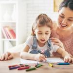 Cum să-ți cunoști mai bine copilul prin tehnici de art-terapie