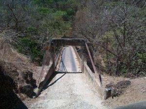 Puente Quebradas sobre el Tárcoles