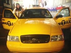 Um típico táxi amarelo de Nova York!