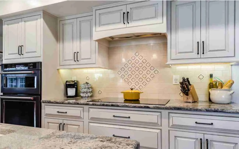 Starmark Cabinetry Classic Kitchen Cabinets