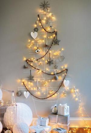 Fairy lights Christmas Tree   10 Last Minute DIY Christmas Decorations   Expressing Life