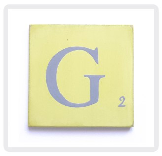 jaune-lettre-grise