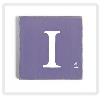 violet-lettre-blanche