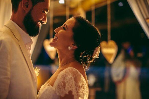 depoimento dos noivos Maria Luisa e Samir sobre os serviços do buffet Expresso Gourmet