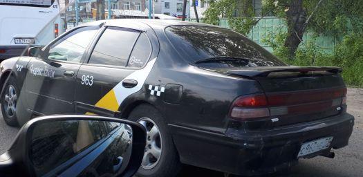 Nissan Maxima 1998, черный, С963НЕ55