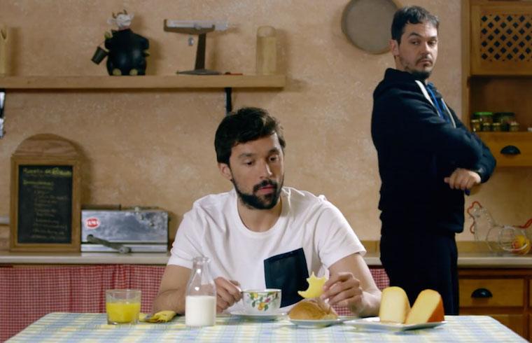Para la práctica del Cheesetraining es importante desayunar bien con leche y queso de Menorca