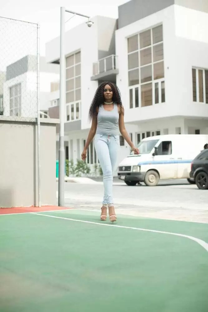 EMNews - MBGN Miss Amity 2015 Azuike Princess Releases Stunning Birthday Photos 1