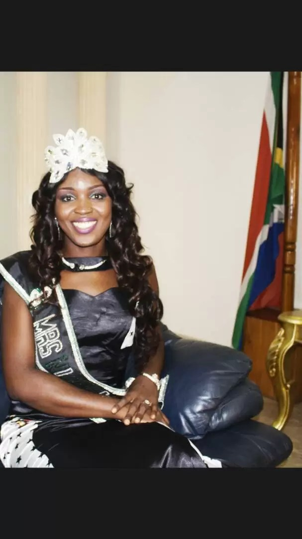 EMNews - SOUTH AFRICA AMBASSADOR PLAYS HOST TO MRS NIGERIA UNIVERSE QUEEN. 3