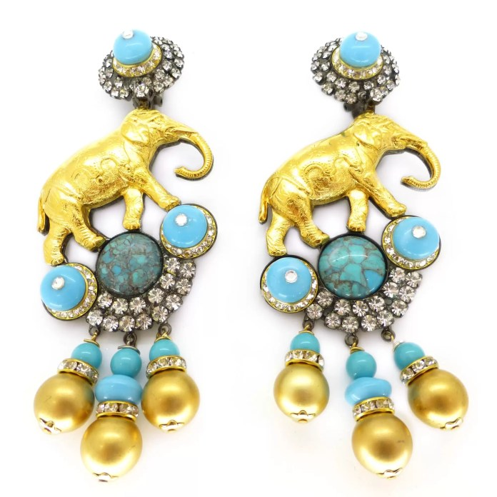 Fashion - STATEMENT EARRINGS 3