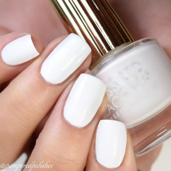 Feet Fetish: Have You Jumped On The White Nail Polish Trend? 2