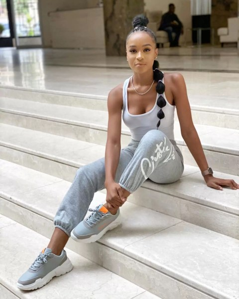 Style Q n Aof Fashion, Beauty and Lifestyle Influencer Frances Theodore