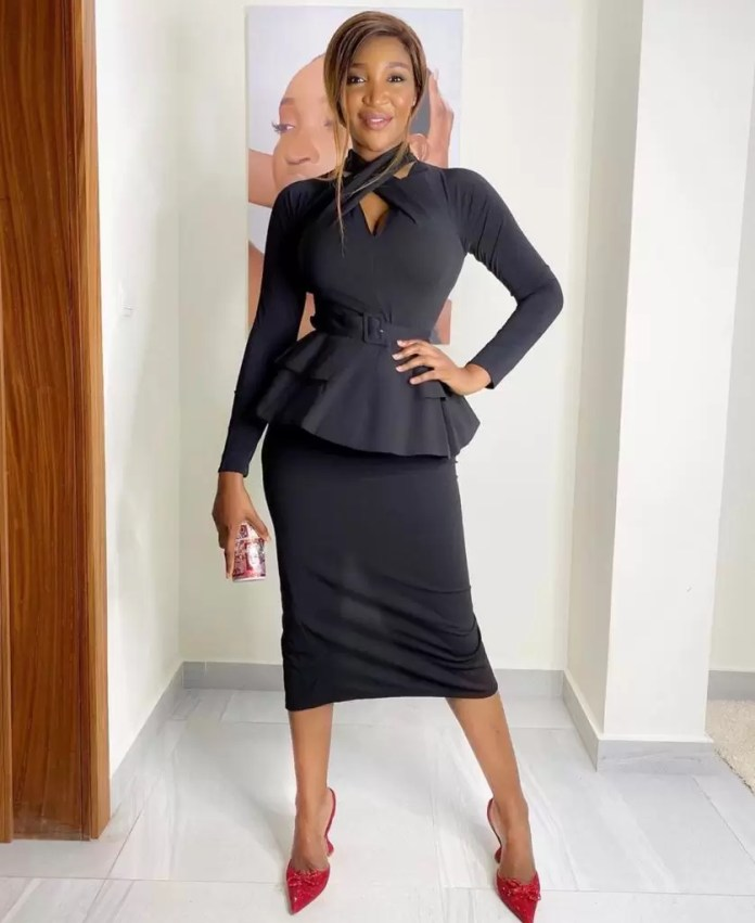 Idia Aisien, Slays On And Off Our TV | EM Fashion Crush 5