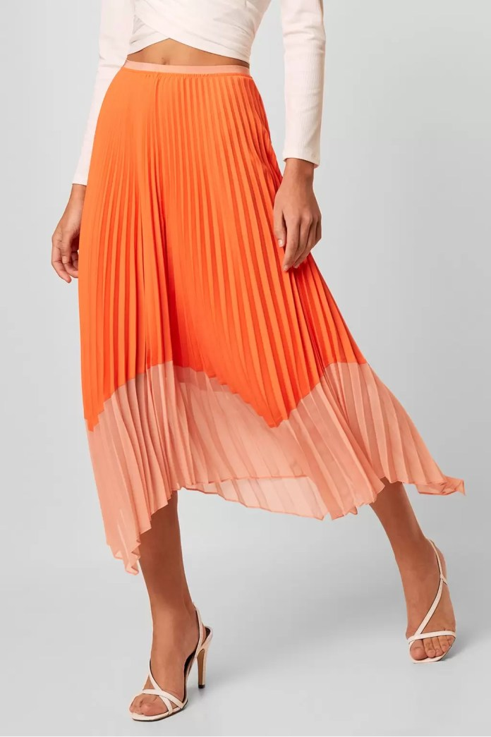 Exquisite Pleated Skirt Outfits | EM Lookbook 2