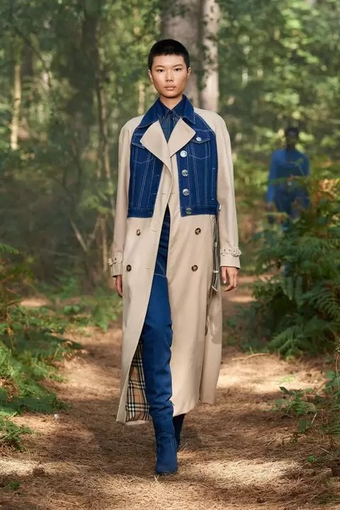 Check Out The Burberry Spring 2021 Ready-To-Wear Collection 9