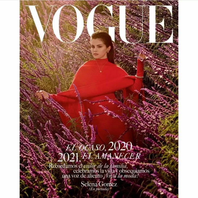 Selena Gomez Is Giving Us Major Christmas Vibes In Vogue Mexico's December-January Cover 1