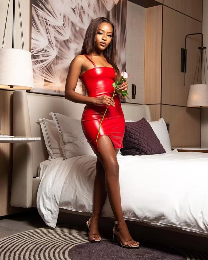 10 Valentine's Day Style Inspiration To Wow Everyone - Lady in Red for valentine